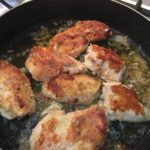 Sauteed chicken with vinegar.